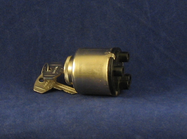 ignition switch original 3 position 4 terminal, 750 (bullet terminal) nb this is the large forward mounted type.