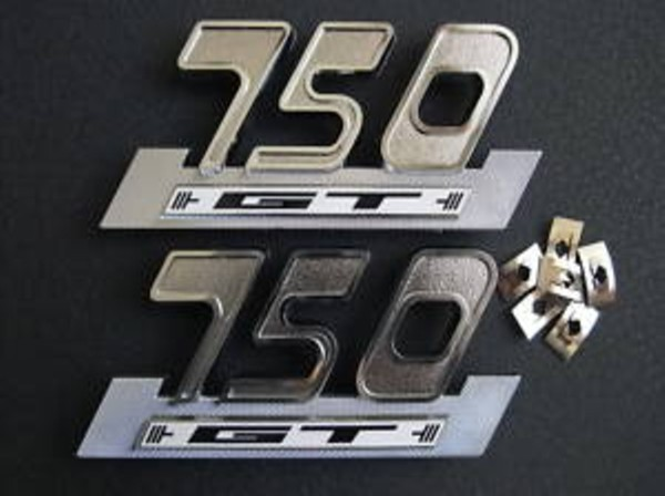 750 gt side cover badge set c/w  fixings & decals