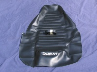 900sd seat cover whale tail type